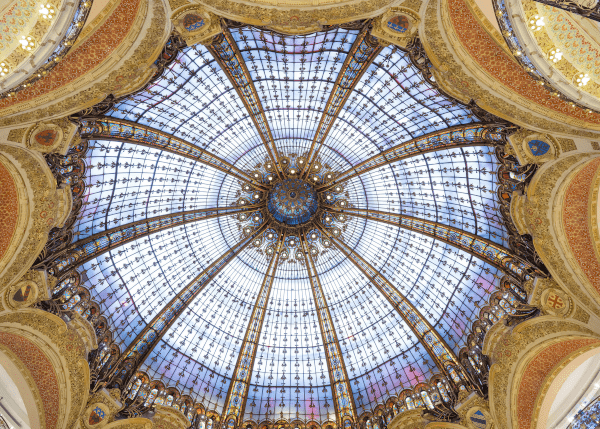 Look up at the sky, as if you are in the famous Lafayette department store in Paris! Get your inspiration and please consult Yenlo first.